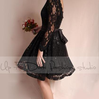 Little black lace dress / Evening /..