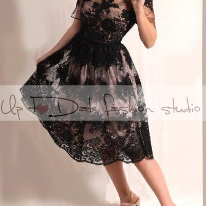 Plus size/Lace black / short weddin..