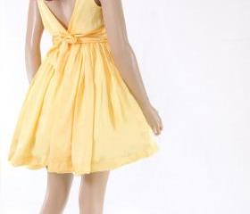 Yellow Bridesmaid / ..