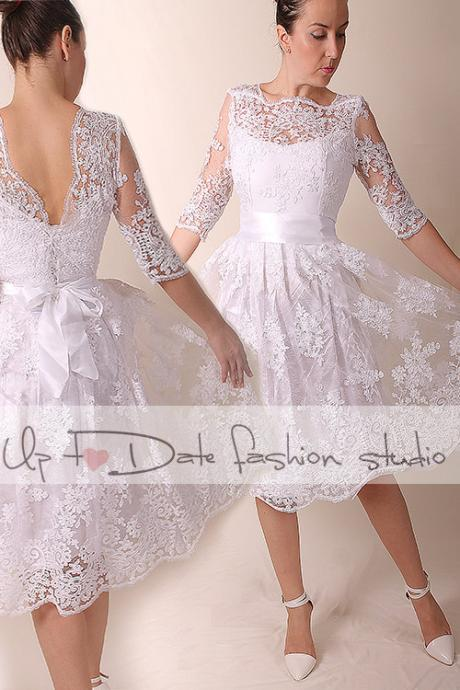 Lace Plus Size short /open V back/ wedding party/reception dress /3/4 sleeve/ knee length/Bridal Gown