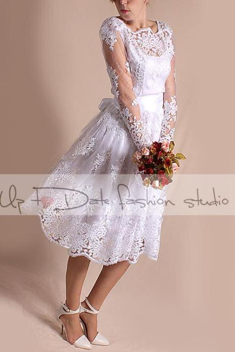 Short Wedding lace dress/open back/ Bridal Gown with sleeve/party dress
