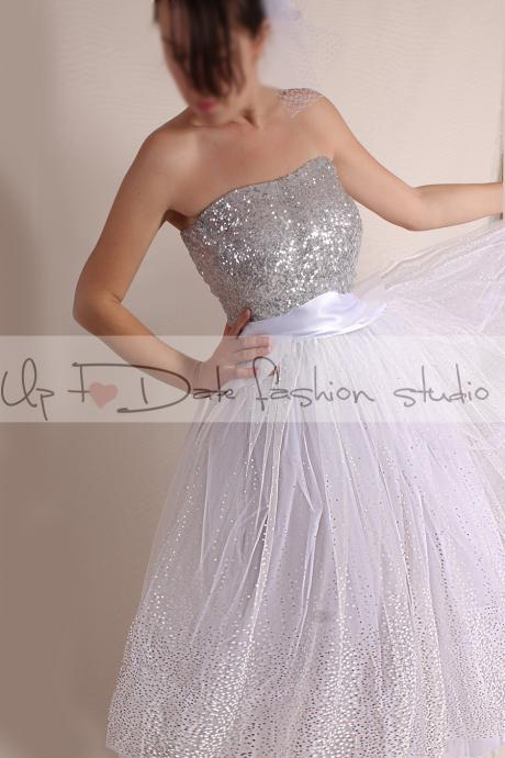 Plus Size Vintage Inspired/Wedding Dress/50s Style/Tutu tulle tea length skirt with sequin Strapless