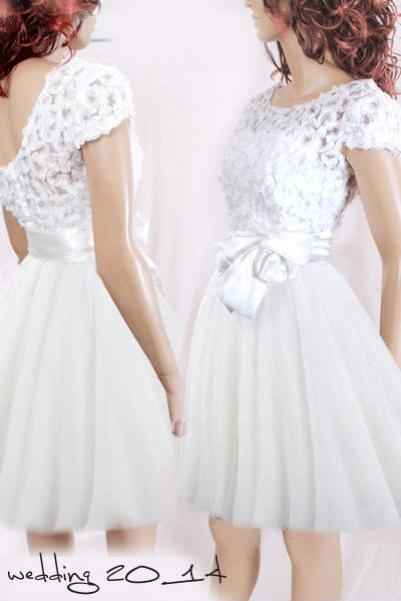 Short wedding reception/ 3d lace/ tulle dress /romantic / Bridal Gown