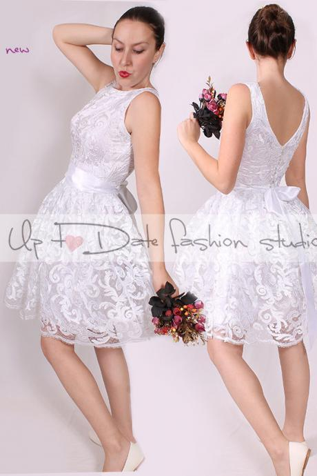 Wedding/short sleeveless lace dress/evening/reception /elegant white romantic dress