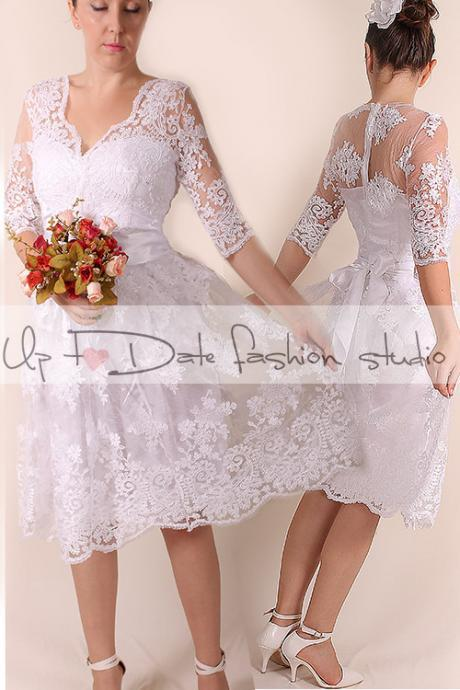 Lace Plus Size/ /V front/short wedding party/reception dress / knee length/ Bridal Gown 3/4 sleeve