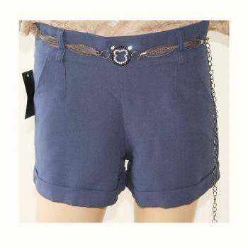 Women's elegant shorts