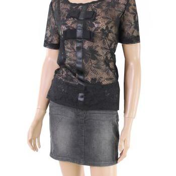 Black/ Lace/ romantic/ elegant /l blouse /top
