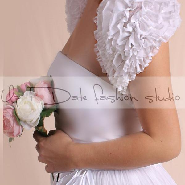 Wedding White fluffy ruffles scarf / shrug/ bolero bridal cape