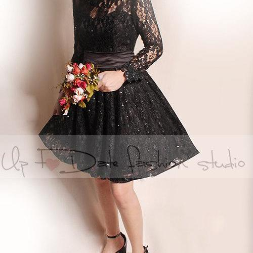 Plus Size short black /wedding lace dresses / long Sleeves Bridal Gown